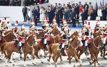 Εθνική εορτή σήμερα στη Γαλλία, ελπίδες για πανηγυρισμούς αύριο