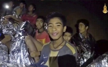 Σε θρίλερ εξελίσσεται ο απεγκλωβισμός των παιδιών από το σπήλαιο