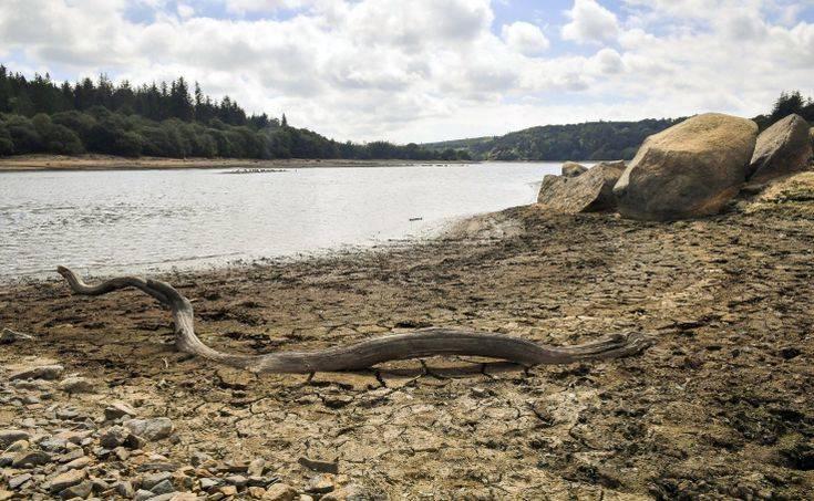 Η ξηρασία που πλήττει τη Μεγάλη Βρετανία έφερε στο φως αρχαιολογικό θησαυρό