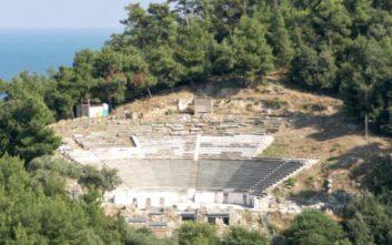 Αναστηλώνεται το αρχαίο θέατρο της Θάσου