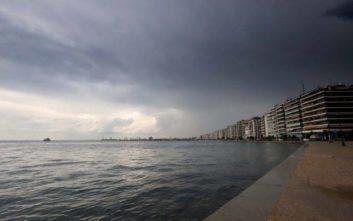ΣΔΟΕ: Βρέθηκαν 170.740 λαθραία τσιγάρα σε σπίτι στη Θεσσαλονίκη