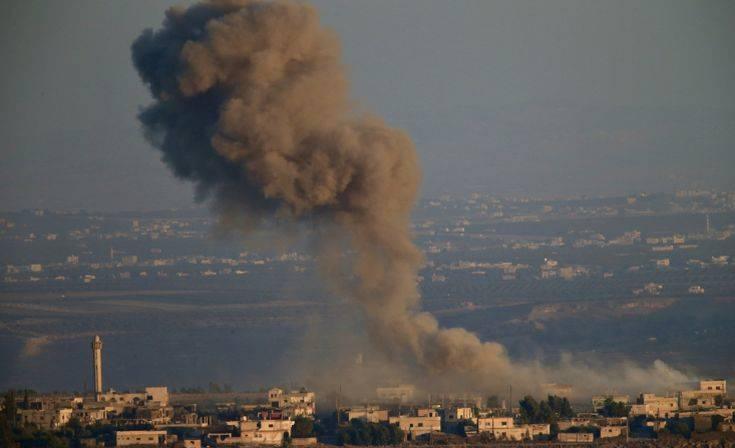 Δεκάδες νεκροί από βομβαρδισμό σε χωριό της Συρίας