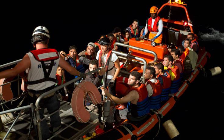 Λύση για το πλοίο Aquarius αναζητεί η ΕΕ