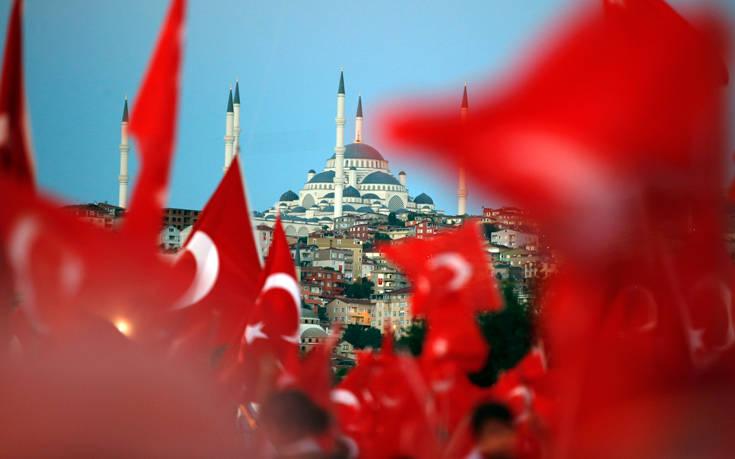 Τουρκία: Θα προσβάλουμε στον ΠΟΕ τους δασμούς των ΗΠΑ