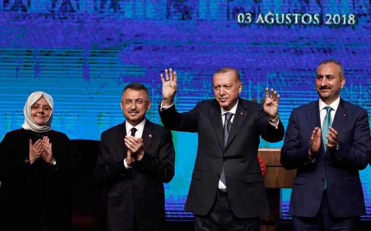 «Το Βερολίνο έχει συμφέρον σε μια σταθερή τουρκική οικονομία»