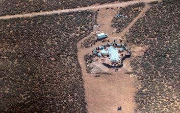 Παιδιά κρατούνταν όμηροι σε άθλιες συνθήκες σε έρημο στο Νέο Μεξικό