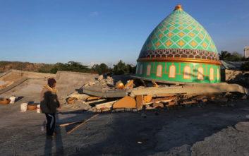 Νέος ισχυρός σεισμός στο νησί Λομπόκ της Ινδονησίας