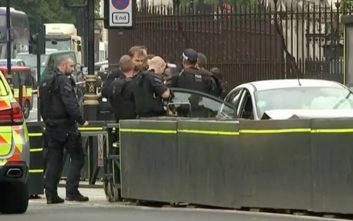 Ποιος είναι ο άνδρας που συνελήφθη μετά το περιστατικό στο Λονδίνο