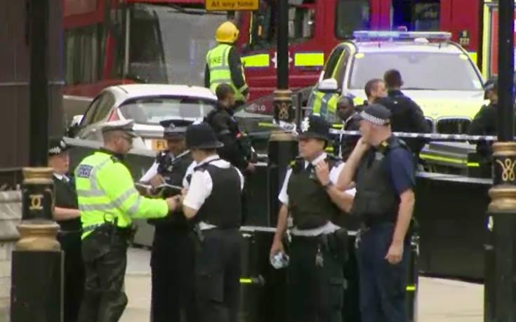 Ως τρομοκρατικό αλλά με επιφύλαξη αντιμετωπίζεται το πρωινό συμβάν στο Λονδίνο