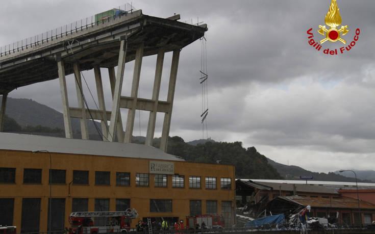 Σαλβίνι: Τριάντα οι νεκροί από την κατάρρευση γέφυρας στη Γένοβα