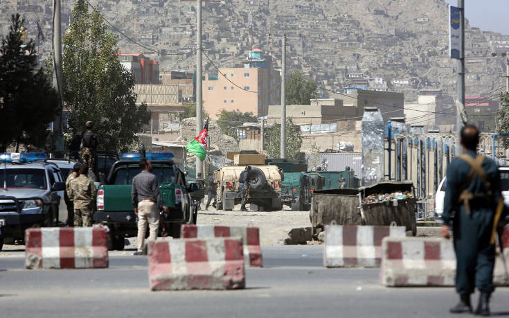 Το Ισλαμικό Κράτος ανέλαβε την ευθύνη για τις εκρήξεις στην Καμπούλ