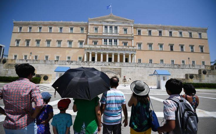 Οι Ελβετοί «ψηφίζουν» Ελλάδα: Ραγδαία αύξηση των προκρατήσεων το 2020