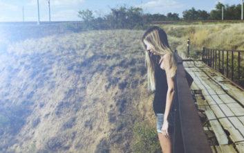 Δεν ήθελε να βουτήξει από γέφυρα και η εμπλοκή της φίλης της ήταν επίπονη