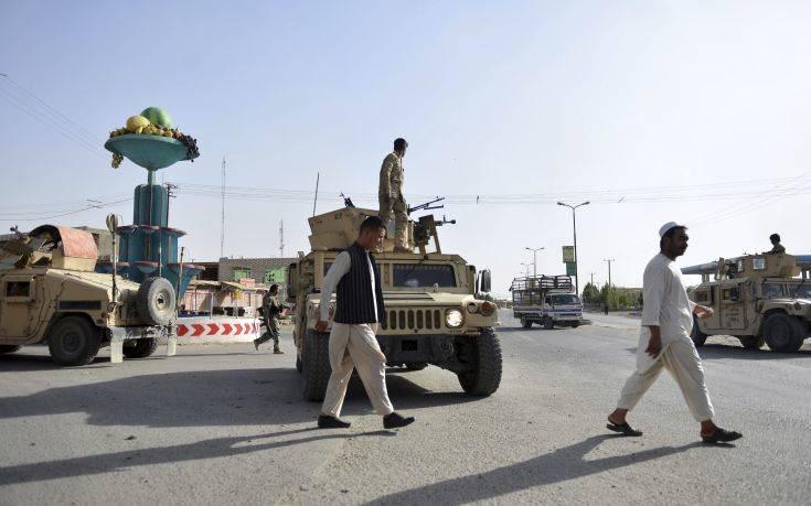 Επίθεση των Ταλιμπάν με 14 στρατιώτες νεκρούς στο Αφγανιστάν