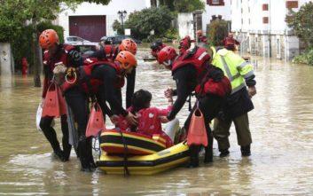 Επιτυχημένη επιχείρηση απομάκρυνσης 1.600 ανθρώπων από πλημμυρισμένες περιοχές