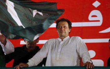 Ο νέος πρωθυπουργός του Πακιστάν υποσχέθηκε σκληρή λιτότητα