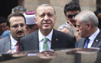 Ερντογάν: Δε θα χάσουμε τον οικονομικό πόλεμο