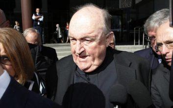 Γλίτωσε τη φυλακή αρχιεπίσκοπος που κάλυπτε τη σεξουαλική κακοποίηση παιδιών από διαβόητο ιερέα