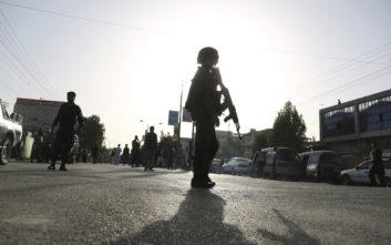 Στους 48 ανήλθε ο αριθμός των νεκρών από την έκρηξη στην Καμπούλ
