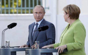 Ειρηνευτικές συνομιλίες για τη Λιβύη ζητεί ο Πούτιν