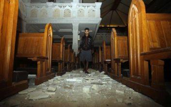 Τουλάχιστον 37 οι νεκροί από τον σεισμό στην Ινδονησία