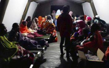 Στους 82 αυξήθηκε οι νεκροί από τον σεισμό στην Ινδονησία