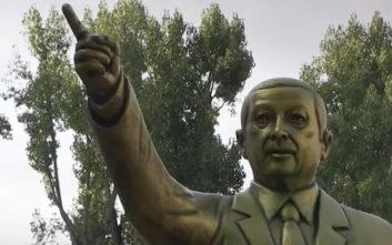 Αντιδράσεις για άγαλμα του Ερντογάν σε φεστιβάλ τέχνης στη Γερμανία