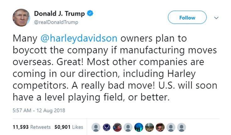 Ο πρόεδρος Τραμπ τα βάζει ξανά με τη Harley-Davidson