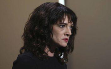 Μία από τις φωνές του #MeToo κατηγορείται για σεξουαλική επίθεση και δωροδοκία του θύματος