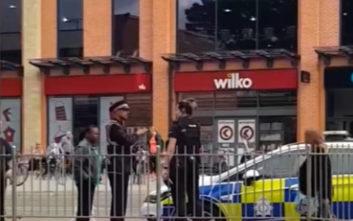 Έκοψαν κλήση σε αστυνομικούς που βρίσκονταν σε υπηρεσία για παράνομο παρκάρισμα
