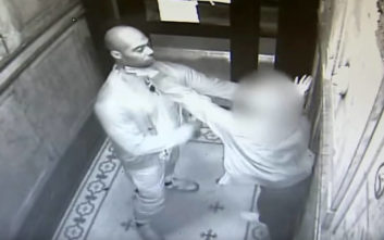 Κάμερα κατέγραψε την προσπάθεια μιας γυναίκας να αποτρέψει τον επίδοξο βιαστή της