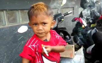 Ο δύσκολος στόχος του δίχρονου αγοριού που έκανε 40 τσιγάρα τη μέρα