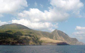 Κλιμακώνεται η απειλή ηφαιστειακής έκρηξης σε νησί στην Ιαπωνία