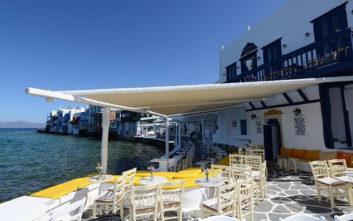 Θρυλικά μπαρ του Αιγαίου που πρέπει να έχεις επισκεφτεί