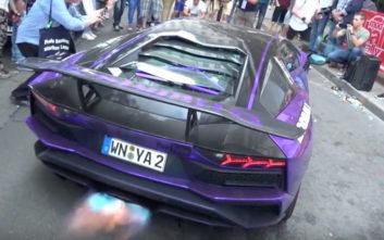 H Lamborghini που... πυροβολεί και πετάει φωτιές