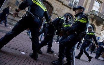 Δύο τραυματίες από επίθεση με μαχαίρι στον σιδηροδρομικό σταθμό του Άμστερνταμ