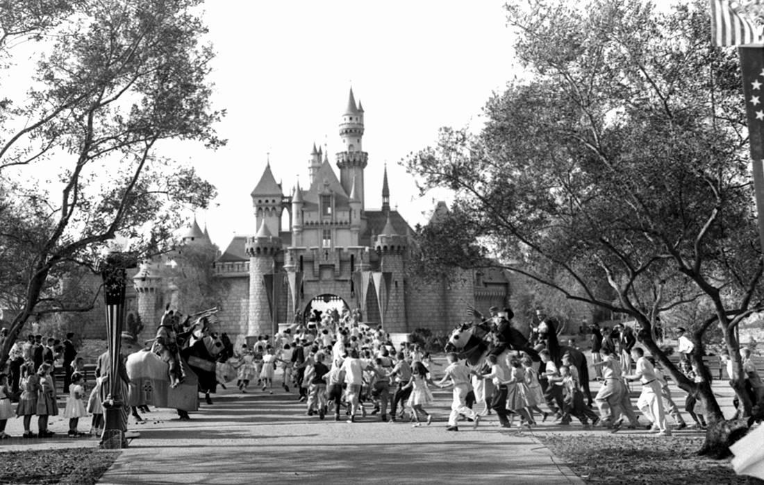Η πρώτη μέρα της Disneyland ήταν στην πραγματικότητα ένας εφιάλτης