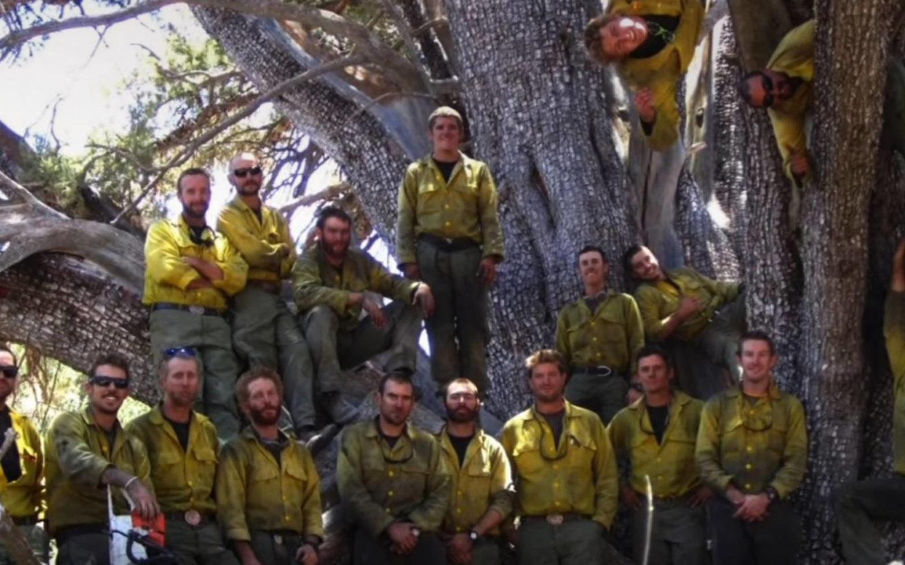 Η ηρωική ιστορία της επίλεκτης ομάδας πυροσβεστών και το σοκαριστικό φινάλε