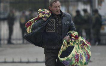 Χιλιάδες απομακρύνθηκαν από τα σπίτια τους στη βόρεια Κριμαία