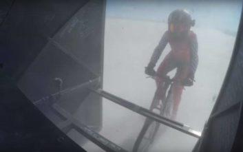 Γυναίκα ποδηλάτης έγραψε νέο παγκόσμιο ρεκόρ ταχύτητας