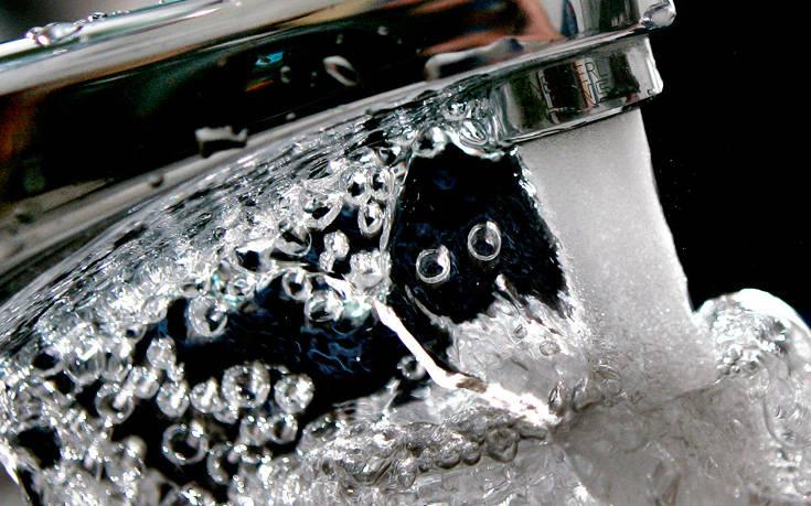 Η ίδια συσκευή δίνει για πρώτη φορά μαζί πόσιμο νερό και «καθαρή» ηλεκτρική ενέργεια