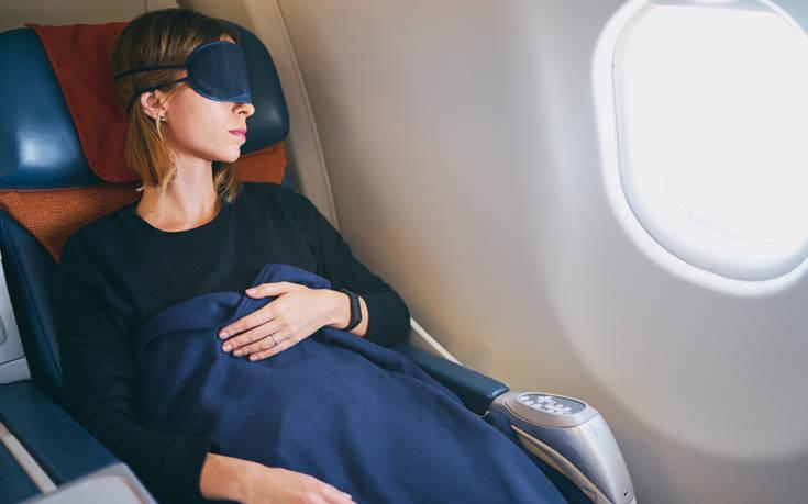 Επιτέθηκε σεξουαλικά σε γυναίκα μέσα σε αεροπλάνο και δίπλα καθόταν η σύζυγός του