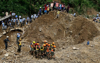 Στους 12 οι νεκροί από την κατολίσθηση στις Φιλιππίνες