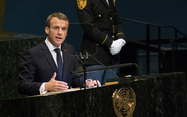 Μακρόν: Η μονομερής προσέγγιση οδηγεί απευθείας στην απόσυρση και τις συγκρούσεις