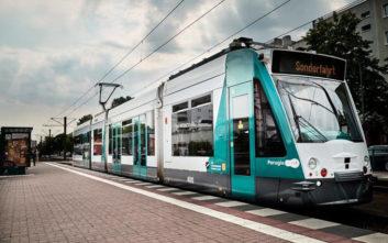 Στις ράγες του Πότσνταμ της Γερμανίας το πρώτο τραμ στον κόσμο χωρίς οδηγό