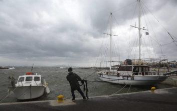 Ριπές ανέμου 140 χλμ/ώρα, ακραία καιρικά φαινόμενα και «μεσογειακός κυκλώνας»
