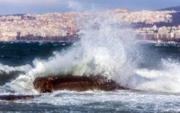 Καιρός: Σε ποια περιοχή οι ριπές του ανέμου έφτασαν τα 111 χλμ. την ώρα