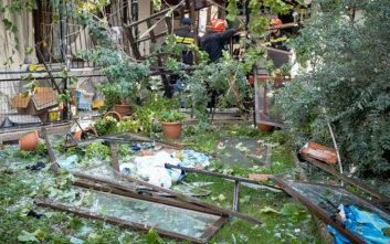 Φωτογραφίες από τη μονοκατοικία όπου σημειώθηκε έκρηξη στα Ιωάννινα