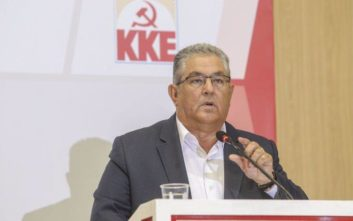 Κουτσούμπας: Στο επόμενο σποτάκι του ο ΣΥΡΙΖΑ να βάλει τον Αμερικάνο πρέσβη