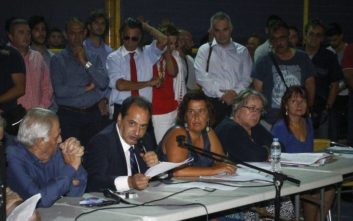 Τι ζήτησαν οι πυρόπληκτοι από τους υπουργούς που πήγαν στο Μάτι